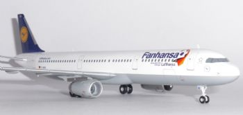 Airbus A321 Lufthansa Fanhansa Germany Herpa Model Scale 1:200 556750 EA